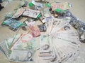 Обмен: Гонконгские доллары,  Дирхамы ОАЭ,  Сингапурские доллары и другие валюты